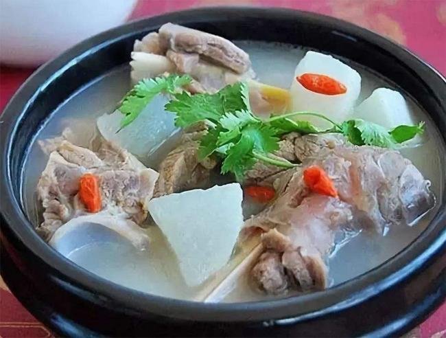 羊肉山药当归汤的做法